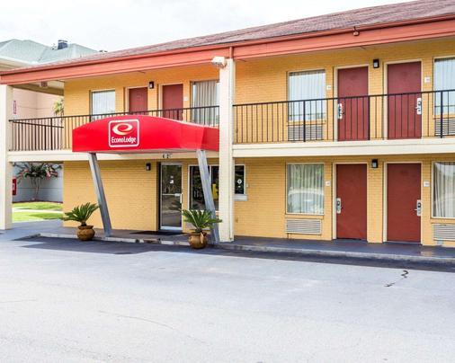 北查尔斯顿依可诺汽车旅馆 - 北查尔斯顿 - 建筑