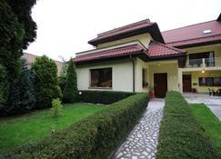 克莱门蒂娜民宿 - 布拉索夫 - 建筑