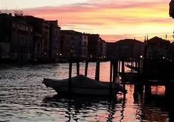 卡克昂塔日尼住宿加早餐酒店 - 威尼斯 - 户外景观