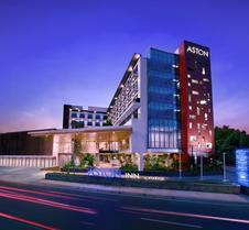 马塔兰阿斯顿旅馆