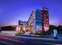 马塔兰阿斯顿旅馆 - 马塔兰 - 建筑