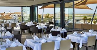 法罗酒店及海滩俱乐部 - 法鲁 - 餐馆