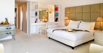 米特西斯大酒店 - 罗德镇 - 睡房