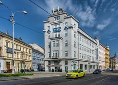 巴拉兹酒店 - 奥洛穆克 - 建筑