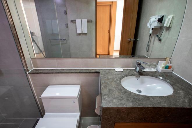 庆州K酒店 - 庆州 - 浴室