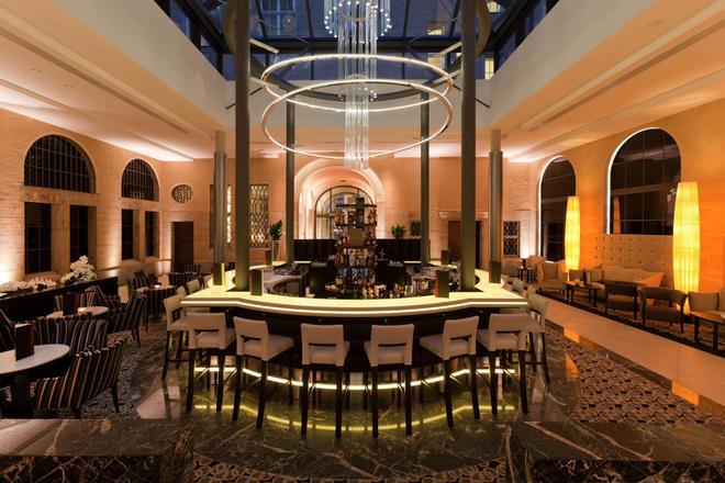 莱比锡汉德尔斯霍夫施泰根博阁大酒店 - 莱比锡 - 酒吧