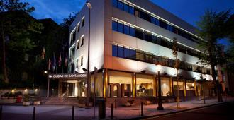 新罕布什尔州华桑坦德酒店 - 桑坦德 - 建筑