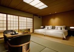 高轮格兰王子大饭店 - 东京 - 睡房