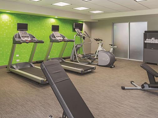 拉昆塔沃斯堡北旅馆及套房 - 沃思堡 - 健身房