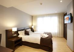 西尔肯和睦酒店 - 巴塞罗那 - 睡房