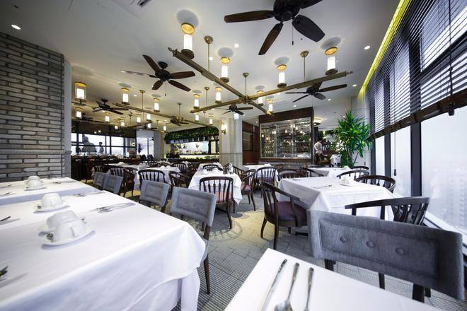 索拉利亚西铁酒店首尔明洞店 - 首尔 - 餐馆