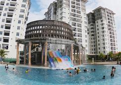 金沙湾度假村 - 马六甲 - 游泳池