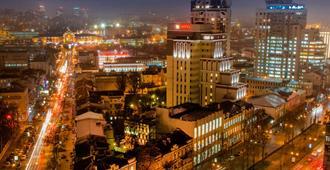 基辅市中心宜必思酒店 - 基辅 - 户外景观
