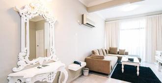 世纪湾私人公寓 - 槟城