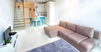 可比克阁楼公寓式酒店 - 华沙
