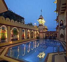 乌麦 - 传统风格酒店