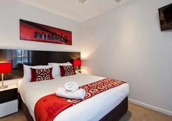 曼特拉城区公寓式酒店 - 布里斯班 - 睡房