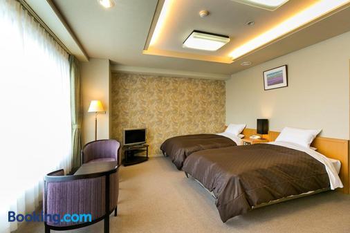 紫苑酒店 - 盛冈市 - 睡房