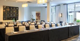 金普顿布赖斯酒店 - 萨凡纳 - 会议室