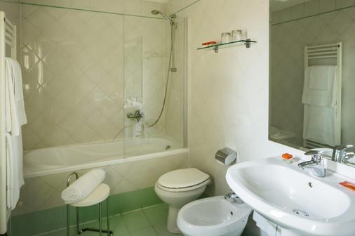 卢卡室友酒店 - 佛罗伦萨 - 浴室