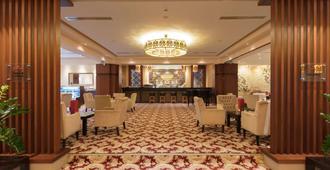 索菲亚市中心温德姆华美达酒店 - 索非亚 - 大厅