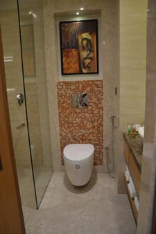 印多尔丽怡酒店 - 印多尔 - 浴室