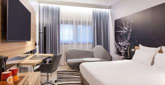 诺富特旅游中心火车站酒店 - 图尔 - 睡房