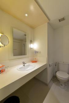 雅加达太贝特哈里斯酒店 - 南雅加达 - 浴室