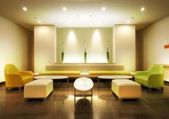 雅加达太贝特哈里斯酒店 - 南雅加达 - 休息厅