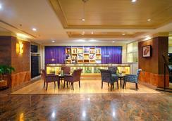 亚庇香格里拉酒店 - 亚庇 - 休息厅