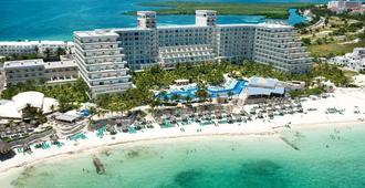 坎昆加勒比河酒店 - 坎昆 - 建筑