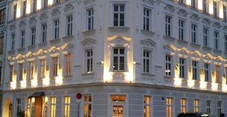 施瓦尔贝酒店 - 维也纳 - 建筑