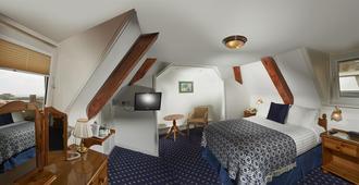 贝斯特韦斯特穆尔斯酒店 - 圣彼得港