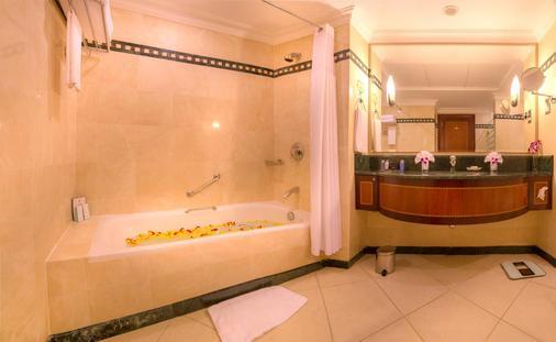 阿布扎比海滨大道酒店 - 阿布扎比 - 浴室