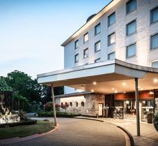 波恩宫亚美隆酒店