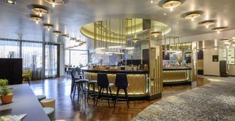 佛莱堡蒙斯特美居酒店 - 弗莱堡 - 酒吧