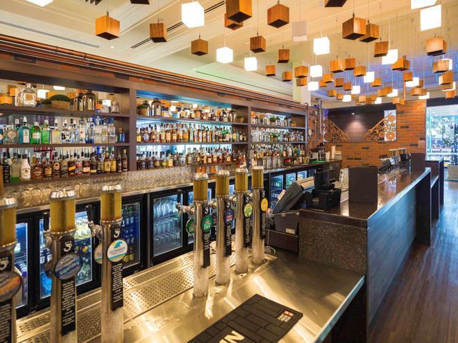礁滩铂尔曼酒店赌场 - 凯恩斯 - 酒吧