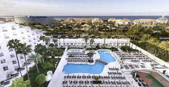 尔卡诺春天酒店 - 美洲海滩 - 游泳池