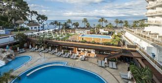 罗萨马尔酒店 SpaS - 罗列特海岸 - 游泳池