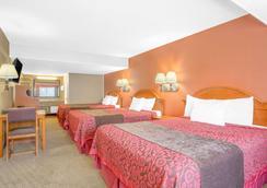 埃尔科戴斯酒店 - 埃尔科 - 睡房
