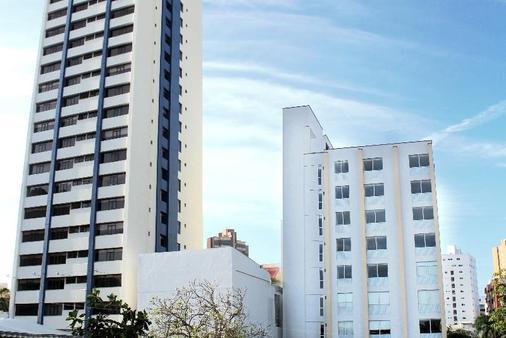 巴兰基亚宫酒店 - 巴兰基亚 - 建筑