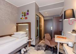 慕尼黑奥林匹亚公园美居酒店 - 慕尼黑 - 睡房