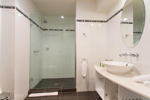 琵琶斯海港酒店 - 伦瑟斯顿 - 浴室