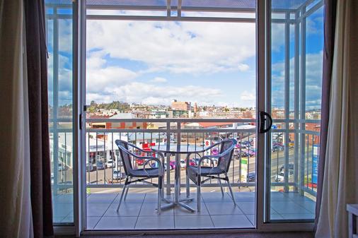 琵琶斯海港酒店 - 伦瑟斯顿 - 阳台