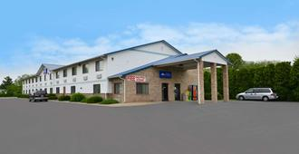 尚佩恩美国最佳价值旅馆 - 尚佩恩