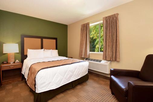 底特律安娜堡大学南美国长住酒店 - 安娜堡 - 睡房