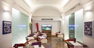 意大利酒店 - 卡利亚里 - 餐馆