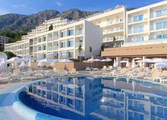 亚得里亚海滩你的蓝色酒店 - 仅供成人入住 - Zivogosce - 游泳池
