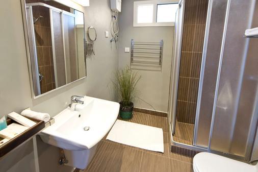 萨拉马沙达度假村套房 - 吉达 - 浴室