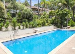 戈斯福德汽车旅馆 - 戈斯福德 - 游泳池